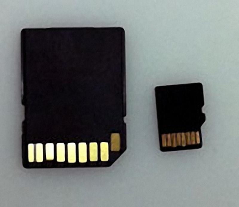 MicroSD-Karte mit Adapter